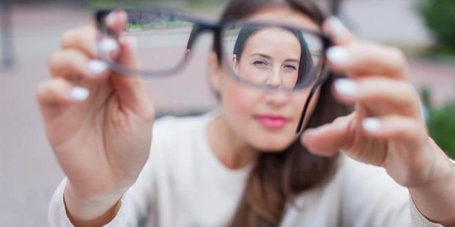 Mắt bị mờ đột ngột – Nguyên nhân và Cách cải thiện hiệu quả